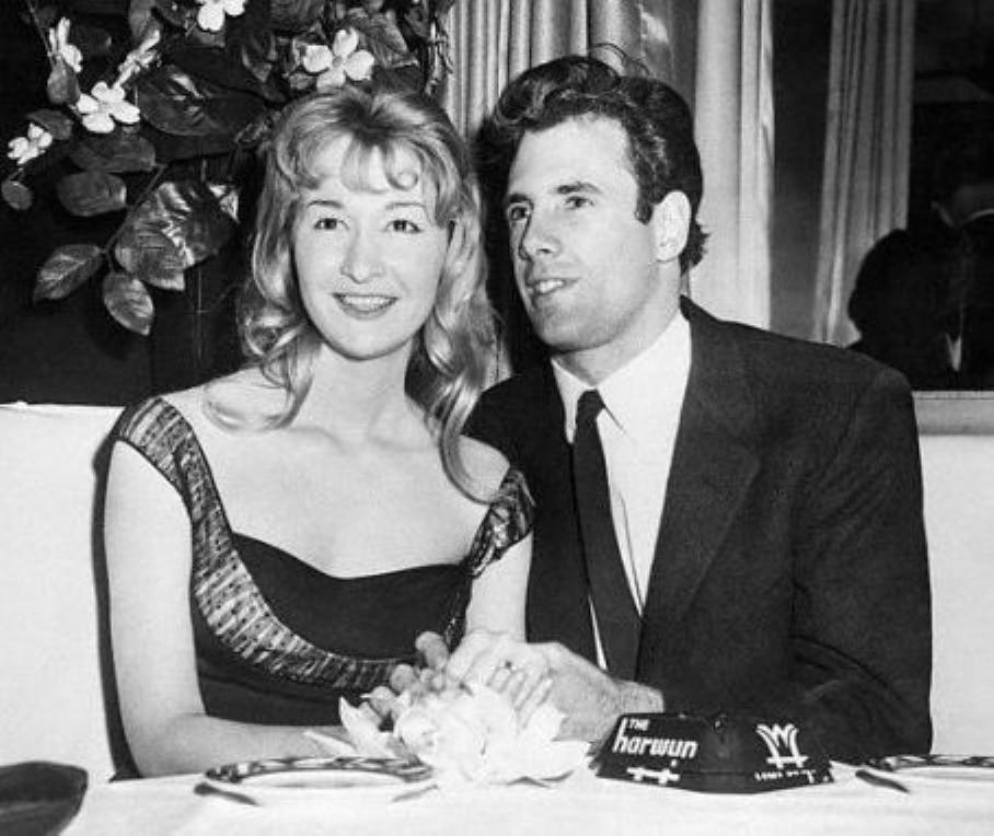 Diane Ladd Photos Photos - 'Joy' New York Premiere ...  |Diane Ladd Young